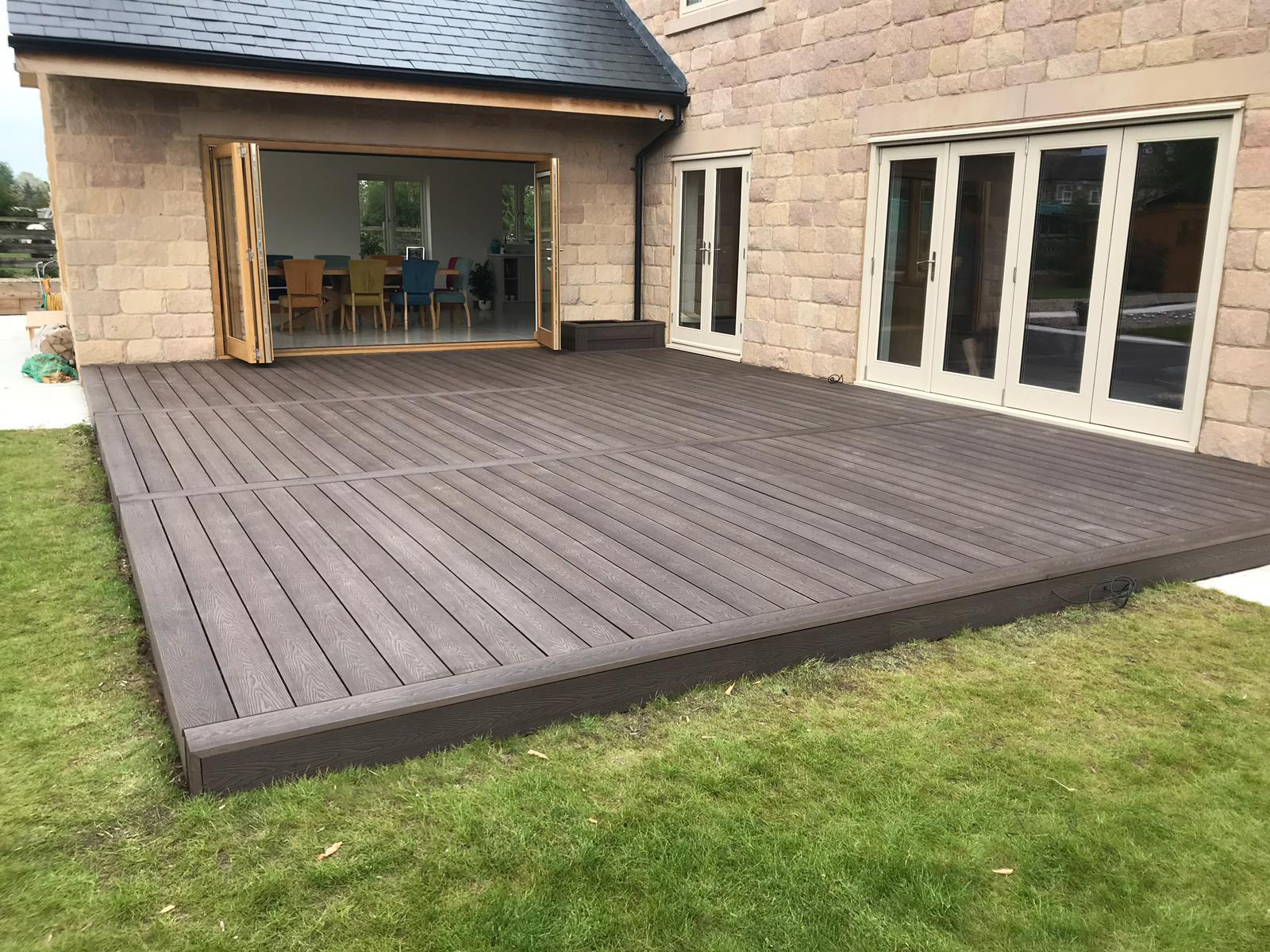 Heritage Brown Deep Embossed Wood grain effect Composite Decking