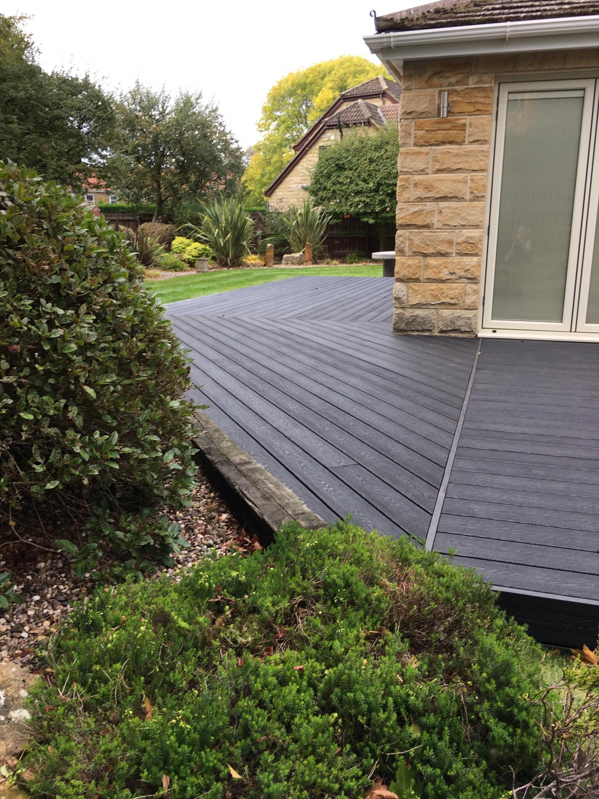 MIDNIGHT BLACK EMBOSSED DECKING