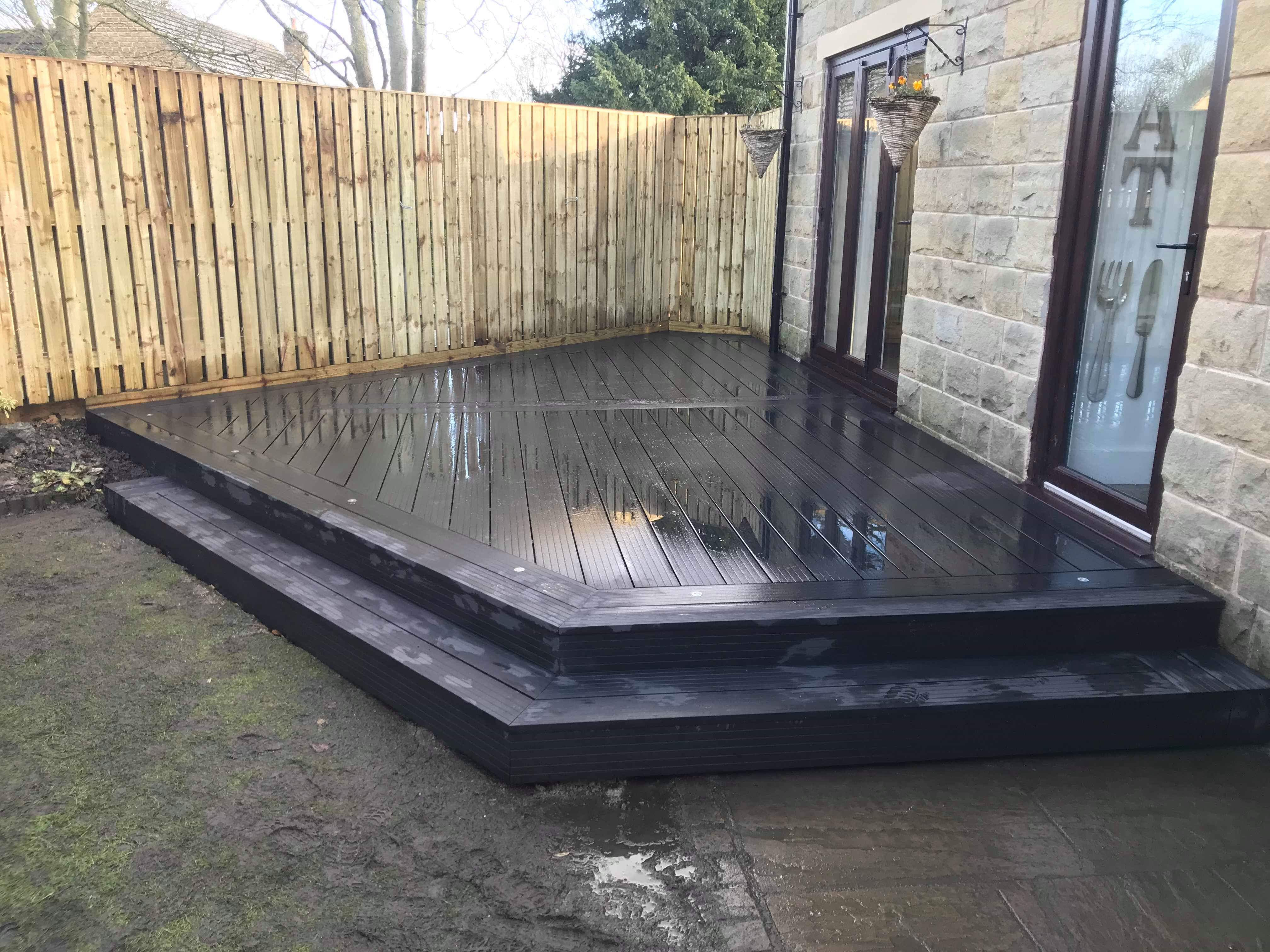 Contemporary Style Composite Decking in Charcoal Grey With LED Lighting