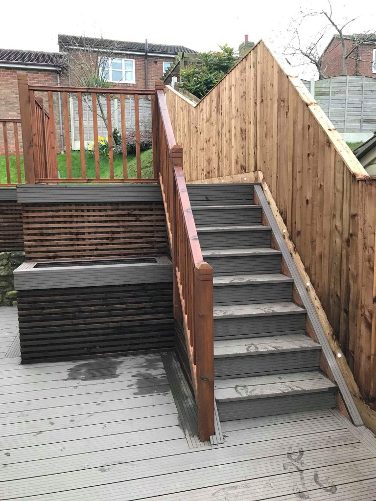 WALNUT BROWN COMPOSITE DECKING CONTEMPORARY STYLE
