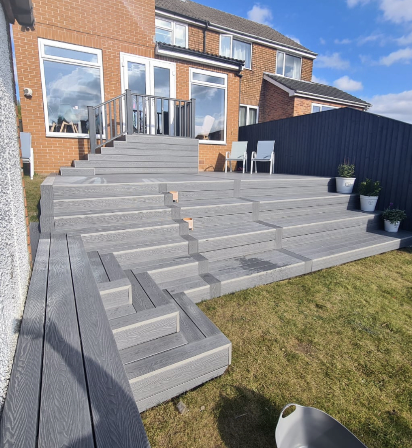 FULL TIERED DECK IN OUR HERITAGE DEEP EMBOSSED GREY COMPOSITE DECKING